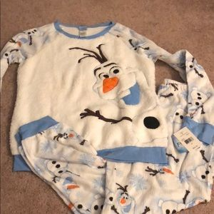 Disney Intimates   Sleepwear - Disney frozen Olaf medium m women s pajama  set new 3b733f31c